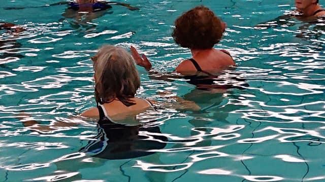 Haptotherapie in water op afstand